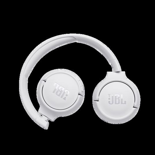 JBL TUNE 500BT - White - Wireless on-ear headphones - Detailshot 1